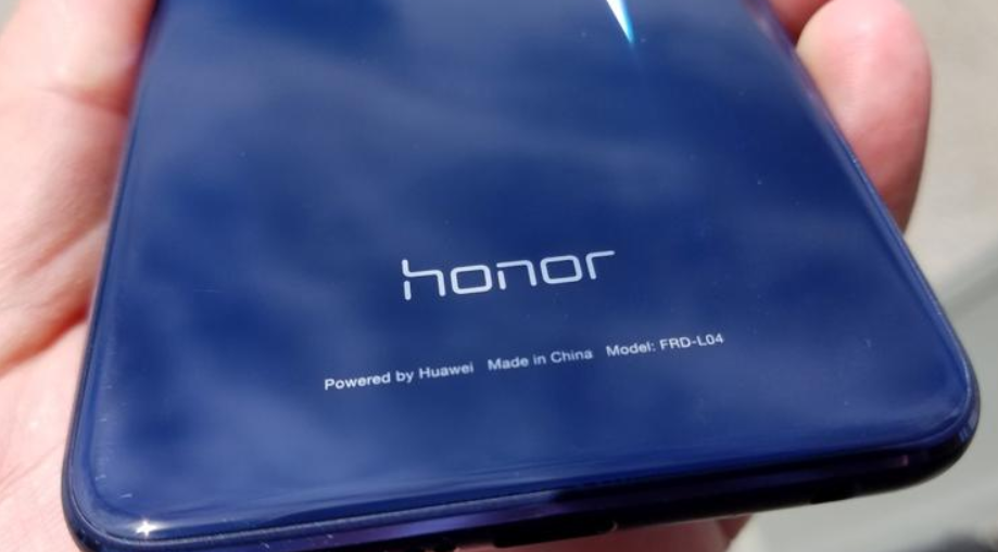 https://www.tingiz.com/2019/05/23/honor-merk-smartphone-baru-merajai-pasar-murah/