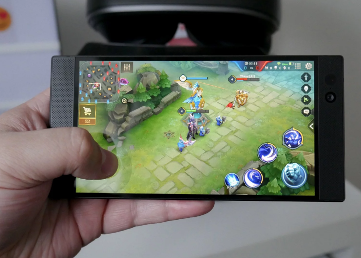 display gaming razer phone 2